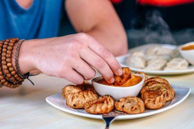 ネパール風餃子の揚げたモモ