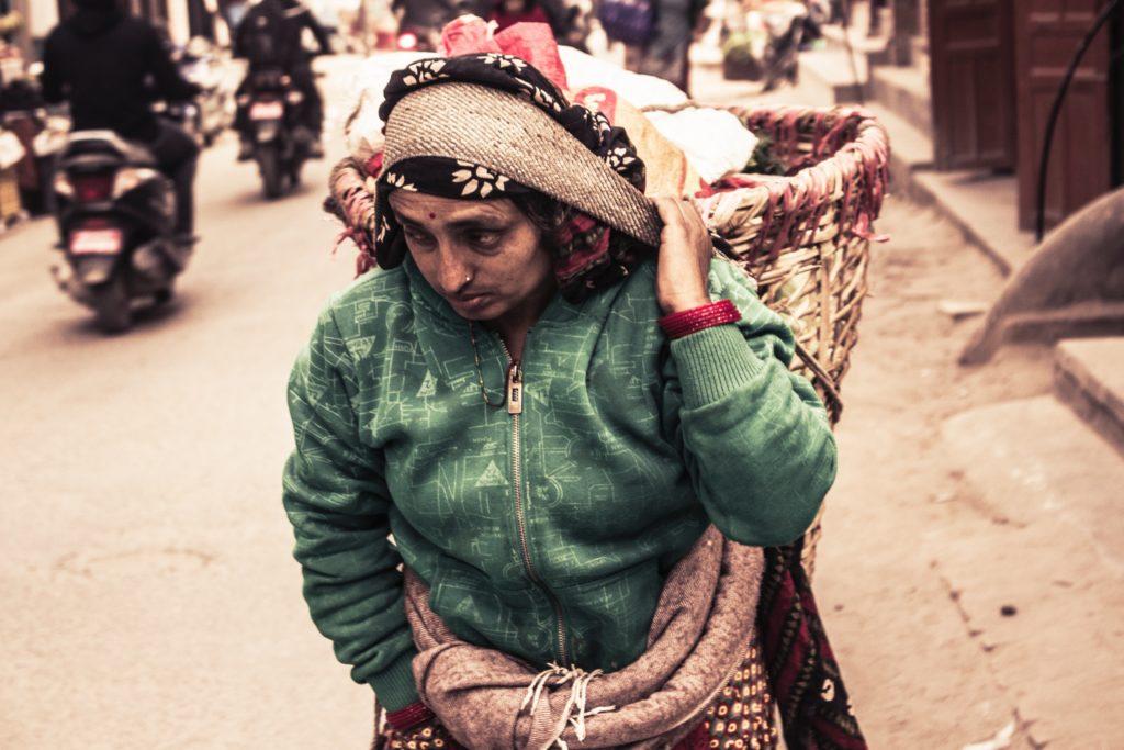 ネパールのカースト制度と階級!苗字や名前・職業との関係!廃止は?